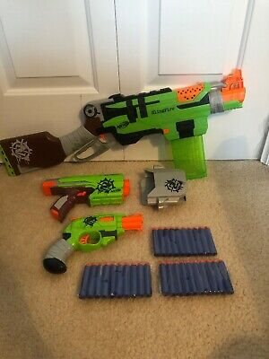 Lot of Zombie Strike NERF Guns - SLINGFIRE DOUBLESTRIKE SIDESTRIKE Holster Darts