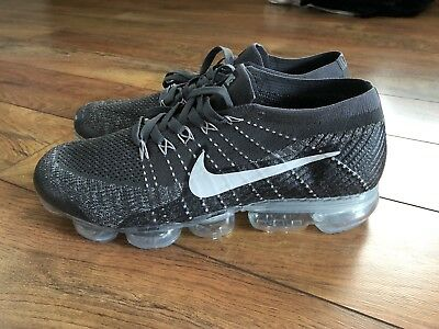 Nike Men's Size 11 Vapormax Grey With White Nike Check. Brand New!