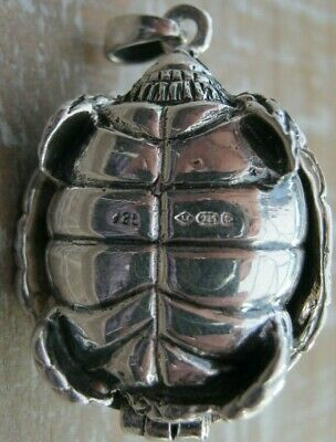 Novelty Hallmarked Sterling Silver Turtle Tortoise Vesta Case Match Safe / Box