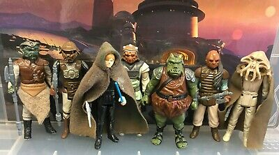 Vintage Star Wars - 7 Figures from Jabbas Palace (1983) with Weapons