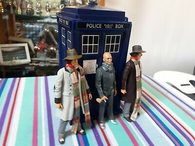Doctor who 11th doctor tardis plus 3 figures