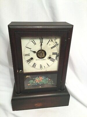 Vintage Seth Thomas Pendulum Mantle / Shelf Clock