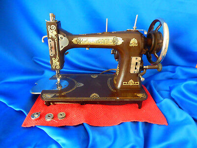1920's Domestic / White 69 Chocolate Brown Rotary Hook Sewing Machine