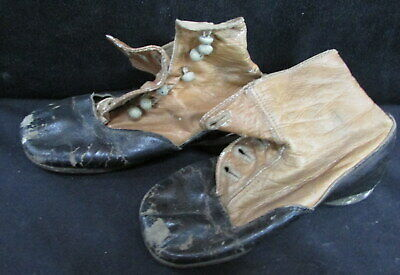 LATE 1800's VICTORIAN OLD BEAT UP CHILDREN's LEATHER ANKLE BOOTS