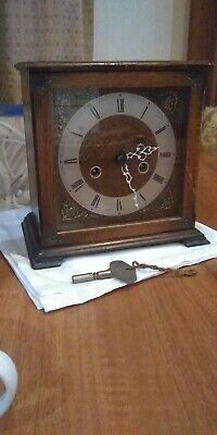 A Vintage Oak Smiths Enfiled Mantel Clock