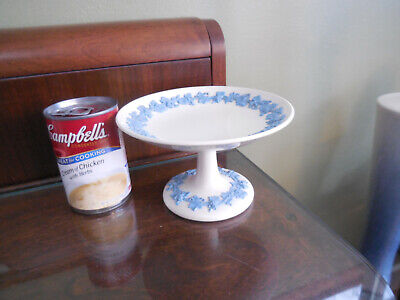Wedgewood Queen's ware Blue On White SM Cake Stand Pastry Stand   N/R