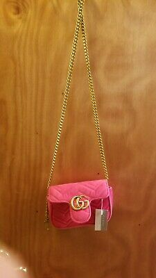 cf267696583 BRAND NEW AUTHENTIC gucci handbags..soft suede pink crossover bag ...