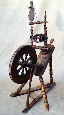 ANTIQUE UNIQUE WORKING SPINNING WHEEL with bronze ornaments