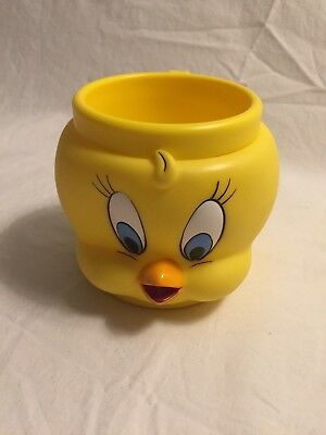 Tweetie Bird Face Head Cup Plastic Looney Tunes Warner Bros 1992 Collector Mug