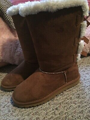45b9999333a UGG TALL TRIPLE Triplet Bailey Bow Chestnut Suede Sheepskin Boots Size 8US  Women
