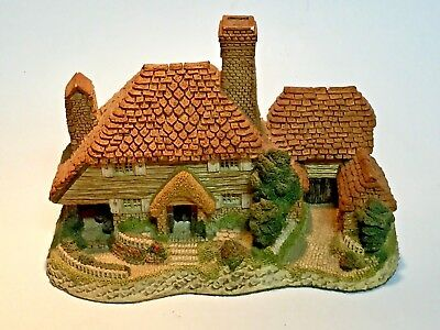 Kent Cottage by David Winter Handmade Hand Painted House England 1985