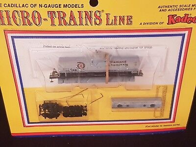 Micro Trains, Single Dome Tank Car Kit, Diamond Chemicals,