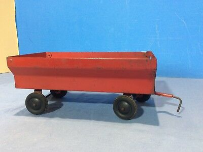 ERTL Pressed Steel Farm Trailer Flare Box Wagon Red-Made in USA Vintage