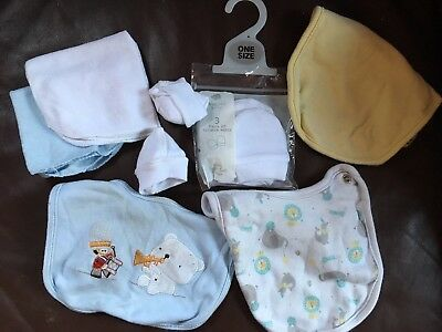 Unisex Boys Bundle Of Bibs And New White Scratch Mittens Mitts