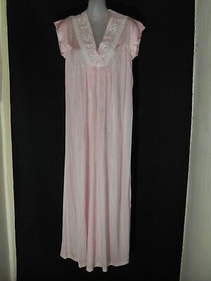 1950's/60's Vintage Sleeveless Full Length Night Dress with Embroidery.