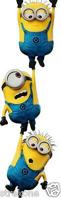 DESPICABLE ME 2 Film- MINIONS Trio Hanging Out - Window Cling Sticker Decal NEW