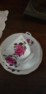 3 Peice Vintage Cup & Saucer Set Red Rose Pattern