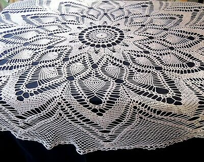 "Vintage Crochet Lace Tablecloth 76"" Round Pineapple Design Cotton"