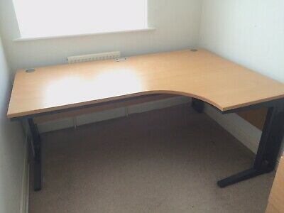 Large Cantilever Office Desk Beech Effect with cable management