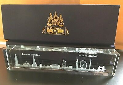 London Skyline 3D Laser Cut Crystal Showpiece Paperweight Souvenir Gift In Box