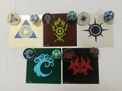 Ravnica Allegiance Guild Kit Dice Set (5) D20 spindown & Guild pins & stickers