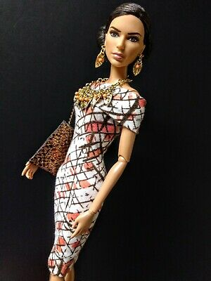 OOAK Barbie size Coral Couture ensemble. Dress, jewelry and bag NEW!