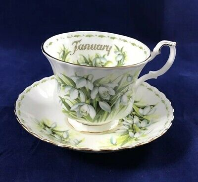 ROYAL ALBERT Flower Of The Month JANUARY Snowdrops Tea Cup and Saucer