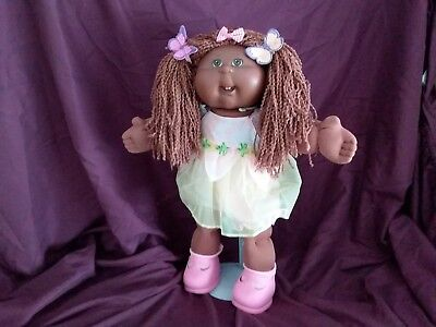 CABBAGE PATCH DOLL DARK SKINNED, GORGEOUS GIRL excellent condition