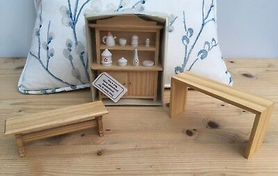 Welsh dresser, Dolls House Miniature, Natural Wood Finish 1:12 Scale New in box