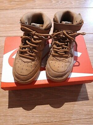 brand new 5ac31 a052a Chaussures Nike Air Force 1 Garcon 33