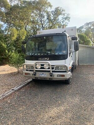 2007 Isuzu 525 long