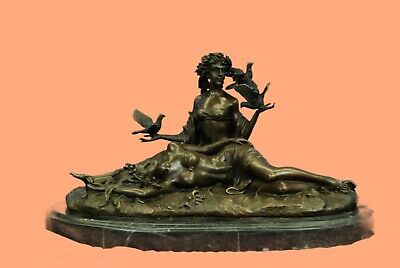 Handcrafted Detailed Museum Quality Classic Artwork Two Female Lovers Bronze