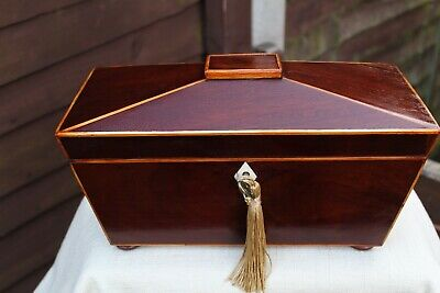 ACE LARGE GEORGIAN c 1830 FLAME MAHOGANY TRIPLE TEA CADDIE CARRYING HANDLES NICE