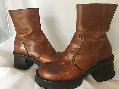 7fd6232a792 Steve Madden Boots Vintage 90S Hott Leather Boots Chunky Ankle Heel  Platform 8B