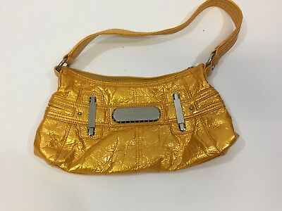 9b32618553ab GENNA DE ROSSI HANDBAG Magnetic BUCKLE PURSE RETAILS  60 Metallic ...