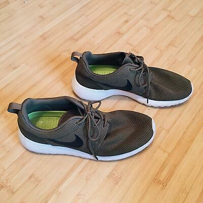 7c24c42ba023 NIKE ROSHE RUN Iguana Mens 11 Excellent Condition Olive Army Green ...