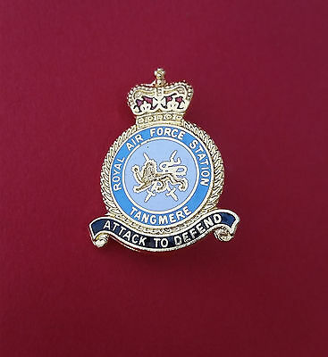 Coins & Paper Money Raf Scampton Crest Enamel Lapel Pin Badge High Standard In Quality And Hygiene Exonumia