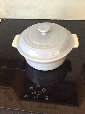 Le Creuset Stoneware, large Casserole with Lid, Light Grey New