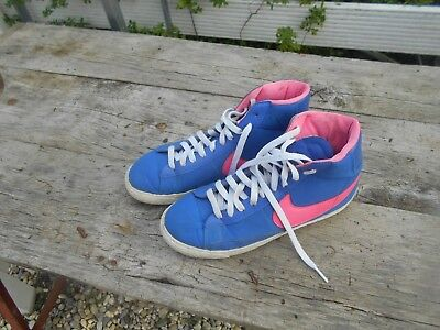 quality design 094a0 ef002 Nike Montantes Collector Vintage T 38,5 Roses Et Bleues A 16€ Ach Imm