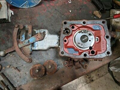 Fordson Major Spool Block And Hydraulic Control Lever Asssembly