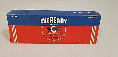 Vintage Eveready 9 Lives Radio A Battery No.745     1 1/2 Volts