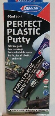 Deluxe Materials BD44, Perfect Plastic putty, 40ml.