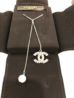 89b601785 100% Authentic CHANEL Classic CC Crystal Silver Pearl Chain Necklace