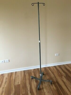 IV Pole/Stand, Four Legs/Two Hooks