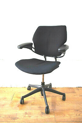 Humanscale Freedom Black/Graphite Office Operator Swivel Chair - 2 Stock