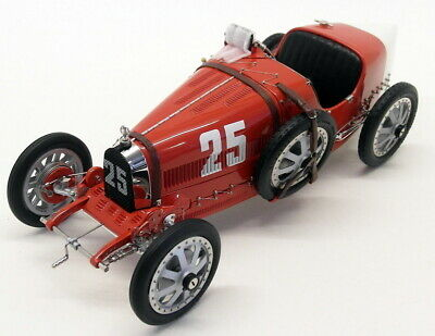 CMC 1/18 Scale - M-100-009 Bugatti Typ 35 Grand Prix Nation Colour Portugal