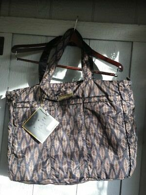 BNWT Ju-Ju-Be Legacy Collection Super Be Zippered Tote Diaper Bag The Versailles