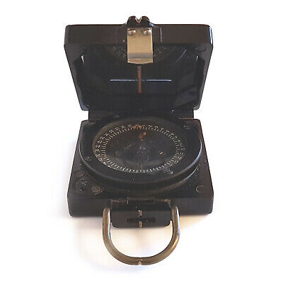 WORLD WAR II ANTIQUE MILITARY COMPASS by TG Co Ltd - MAGNETIC MARCHING MARK 1