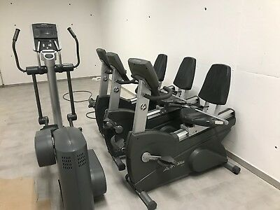 Life Fitness Outside Front Rear Deadshaft Cover für LF Crosstrainer 95Xi Fitness & Jogging Crosstrainer