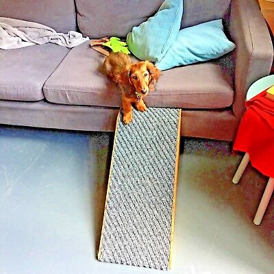 32cm High Wooded Sided Pet Ramp with Beige Twist Carpet